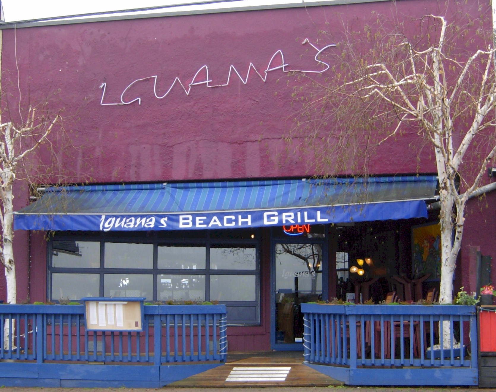 Iguana 39 s beach grill 14985 marine dr white rock town centre - Iguanas mexican grill cantina ...